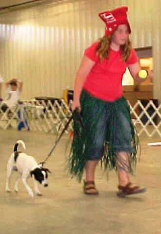 Caitlin with Spiff grass skirt